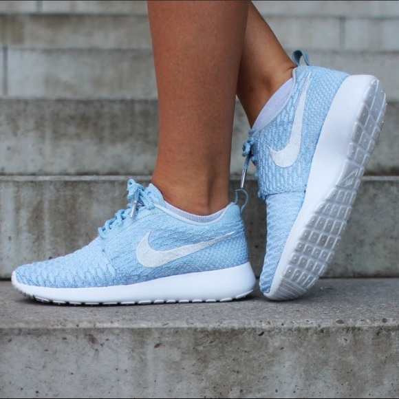 competitive price 3b36d d8d7c NIKE ROSHE FLYKNIT (ARMORY BLUE   PURE PLATINUM).  M 5bbbc85aa5d7c69d498d59bb. Other Shoes ...